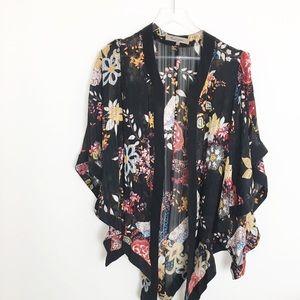 Foley and Corinna rare Kimono silk floral stunning